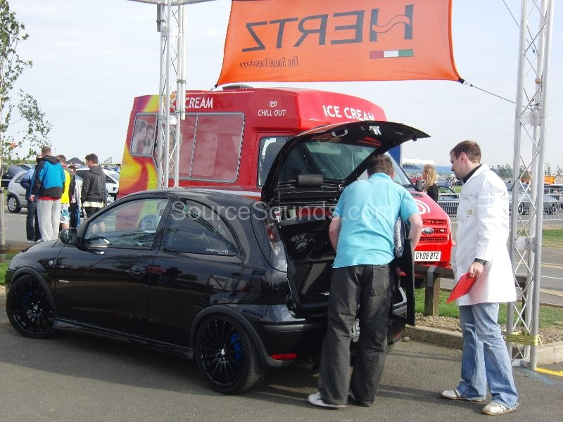 2010-trax-show-011
