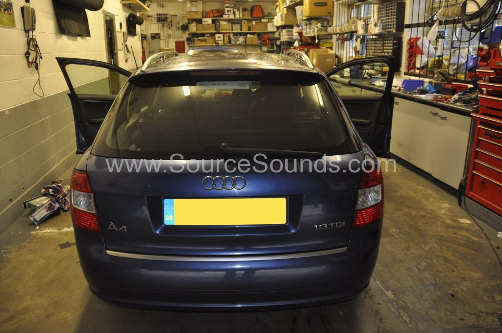 Audi A4 2004 DAB upgrade 001