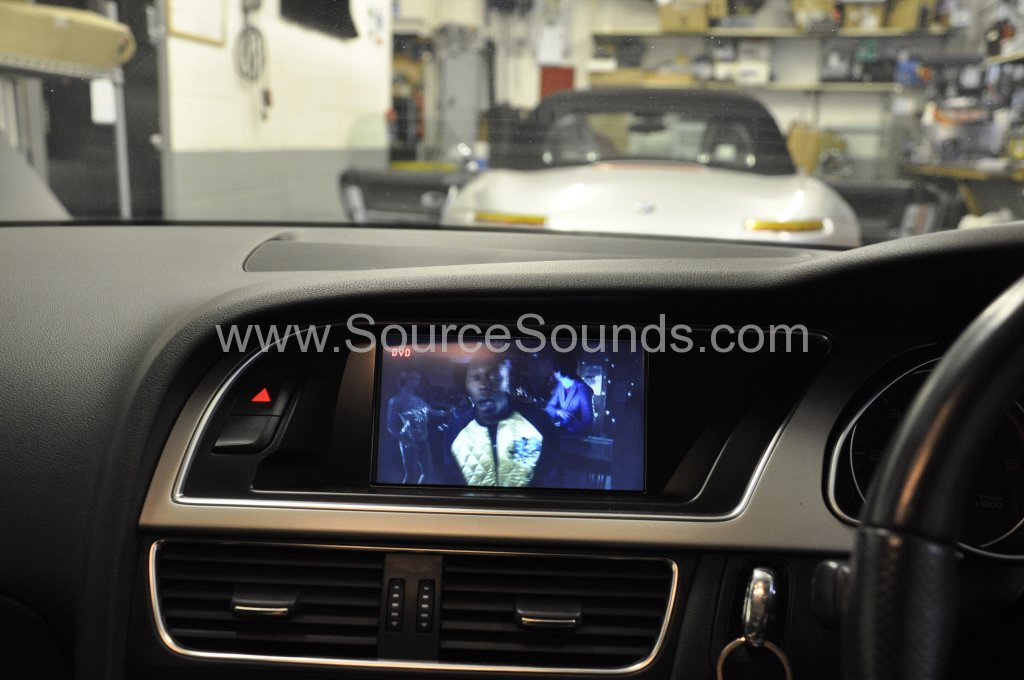 Audi A5 2008 dvd upgrade 007.JPG