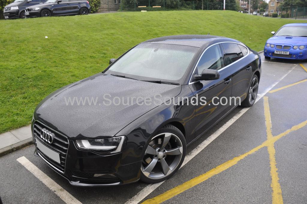 Audi A5 2012 front dash camera 001