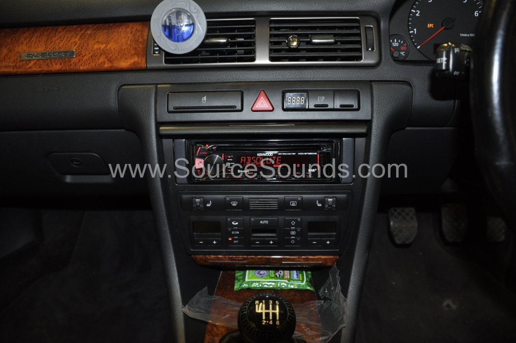 Audi A6 1999 DAB stereo upgrade 004