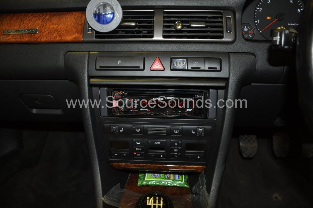 Audi A6 1999 DAB stereo upgrade 006
