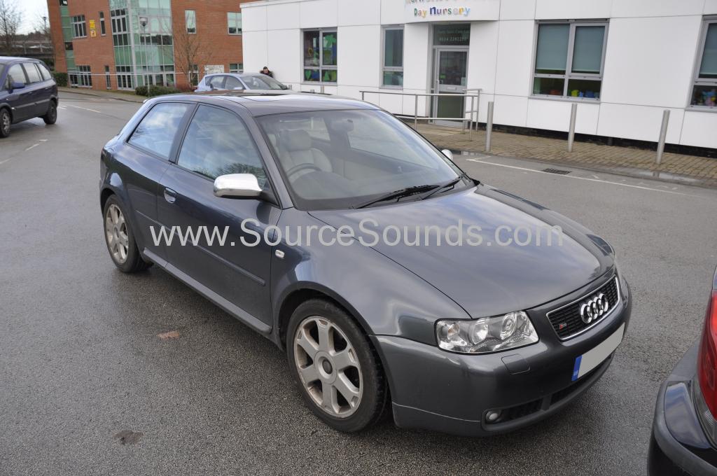 Audi S3 2003 DAB aerial upgrade 001