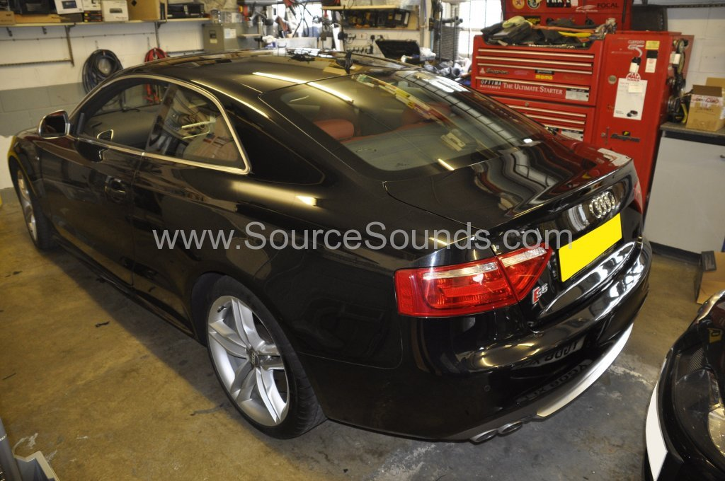 Audi S5 2008 bass upgrade 001