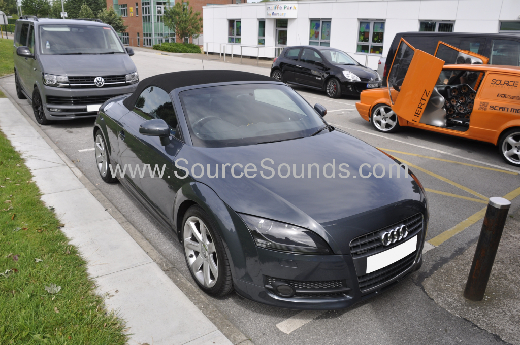 Audi TT 2009 DAB upgrade 001