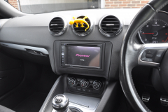 Audi TT 2009 DAB upgrade 003