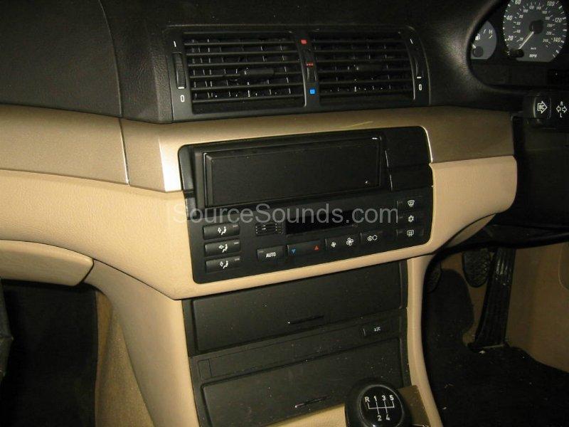 service manual removing auto radio 1995 bmw 3 series. Black Bedroom Furniture Sets. Home Design Ideas