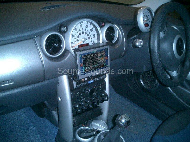BMW_Mini_Scott_Car_Audio_Sheffield_Source_Sounds1