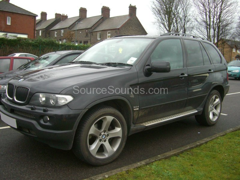 bmw-x5-2004-screens-001