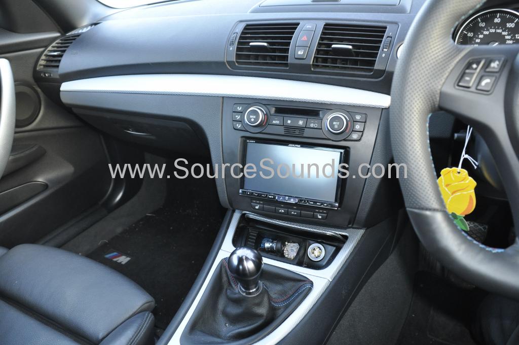 BMW 1 Series 2008 DAB upgrade 003