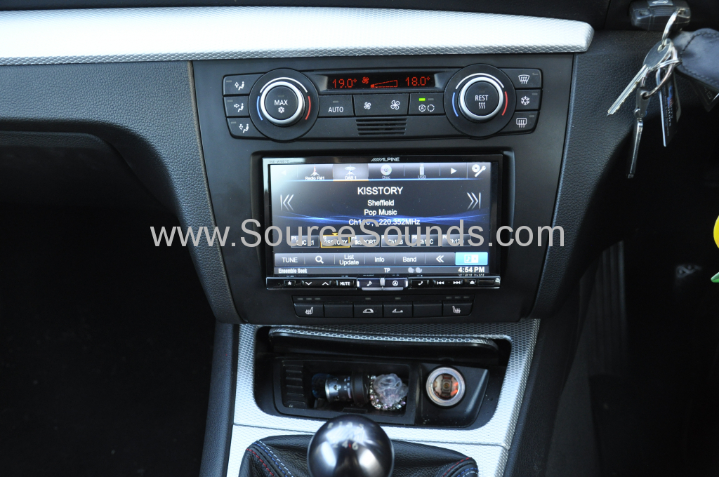BMW 1 Series 2008 DAB upgrade 006