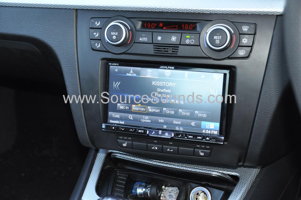 BMW 1 Series 2008 DAB upgrade 007