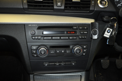 BMW 1 Series 2008 DAB upgrade 002