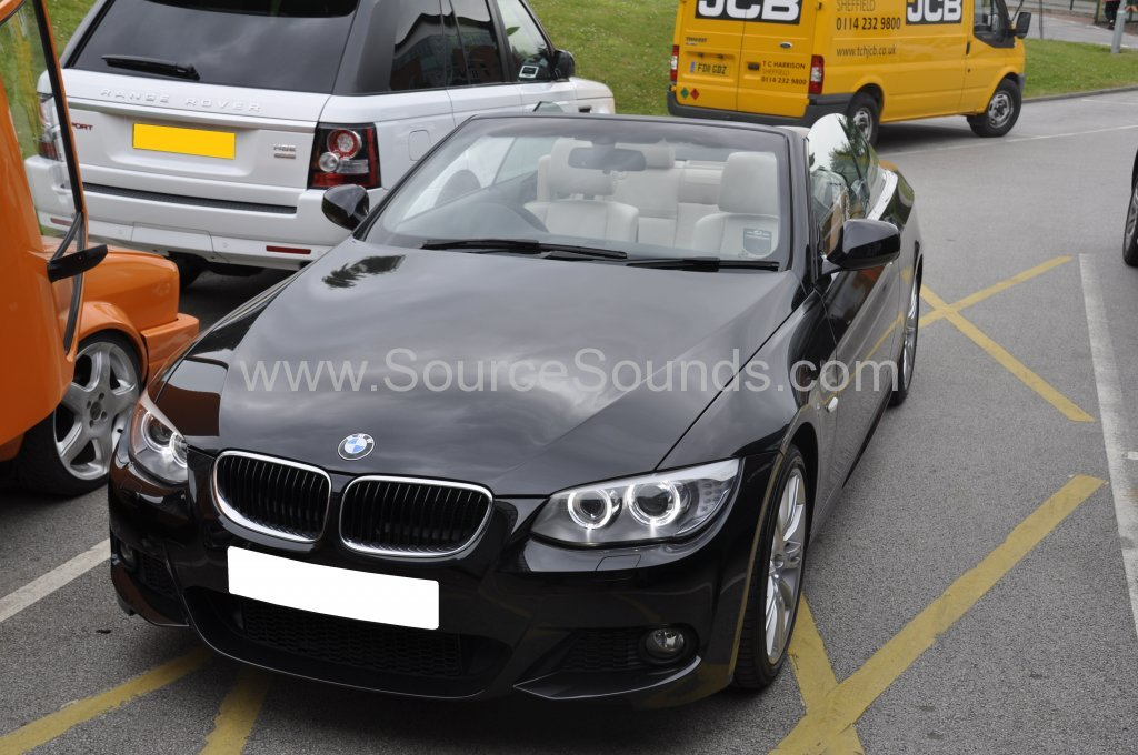 BMW 3 Series Cabriolet 2012 reverse camera upgrade 001