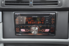 BMW 5 Series 2001 stereo upgrade 004