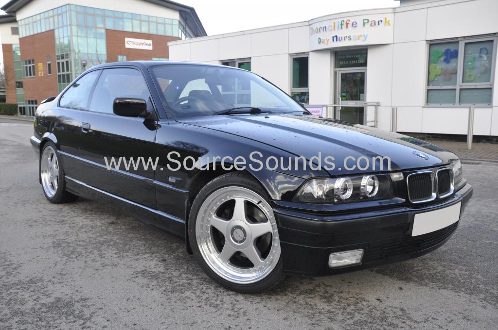 BMW E36 1995 pioneer avh z7000dab 001