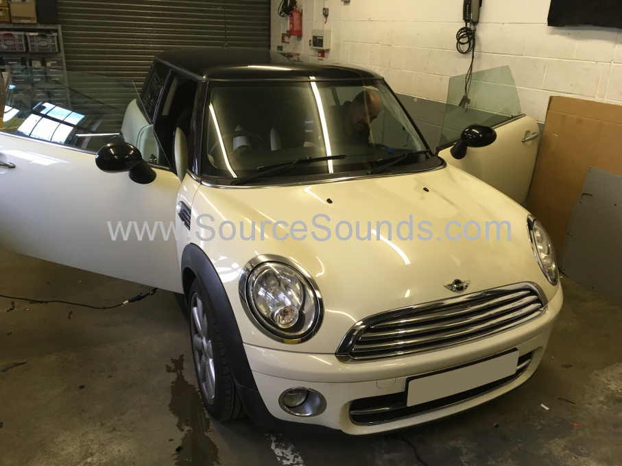 BMW Mini 2007 bluetooth upgrade 001