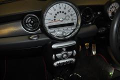 BMW Mini 2008 screen upgrade 002