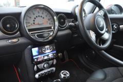 BMW Mini 2008 screen upgrade 003