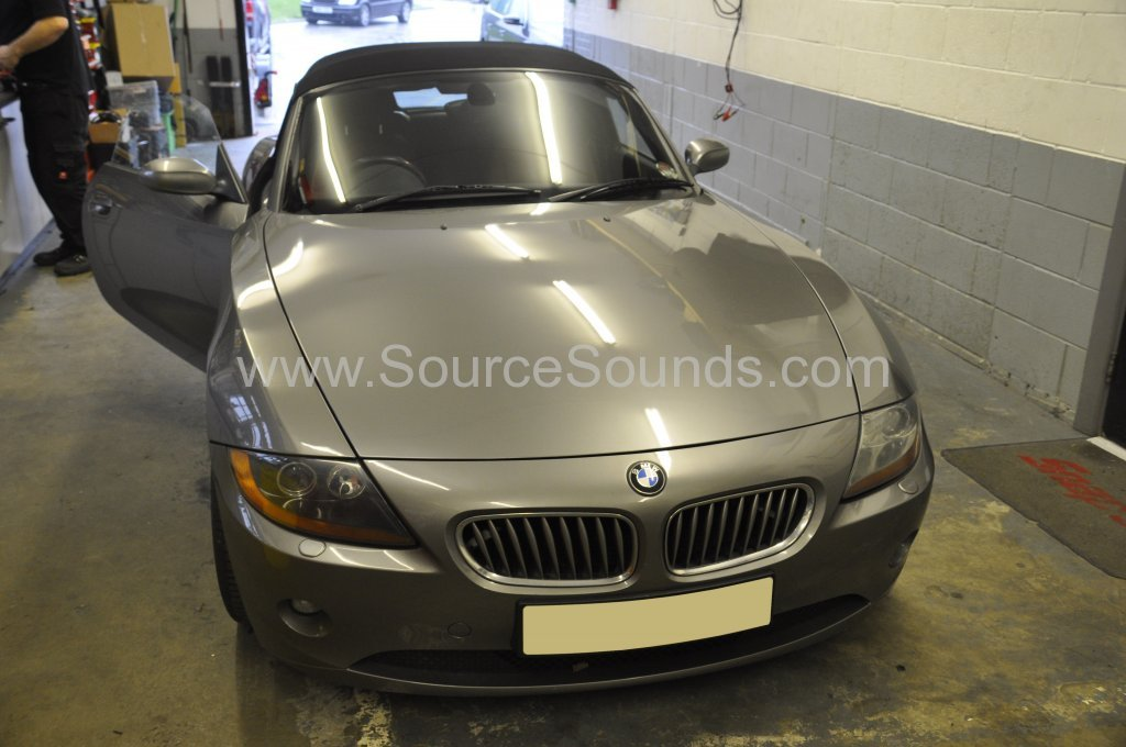Bmw Z4 2004 Reverse Camera Upgrade Source Sounds