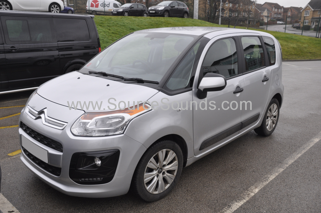 Citroen C3 Picasso 2015 screen upgrade 001