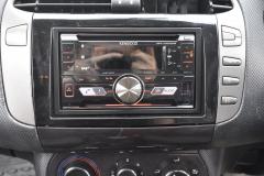 Fiat Bravo 2009 DAB stereo upgrade 002