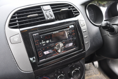 Fiat Bravo 2009 DAB stereo upgrade 003