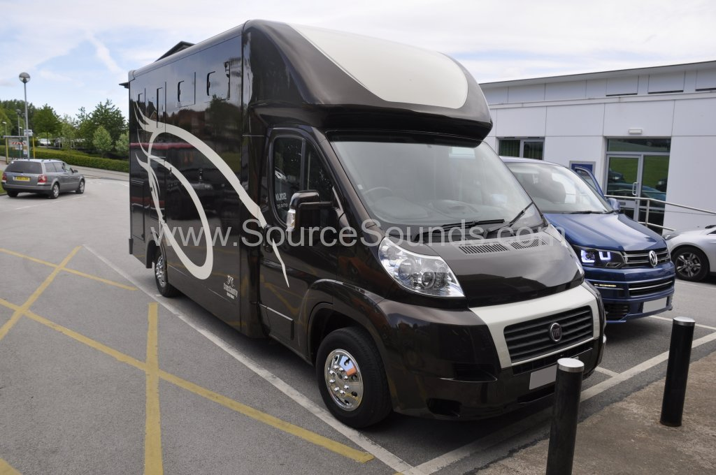 Fiat Ducato Horsebox 2010 stereo upgrade 001