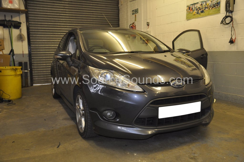 Ford Fiesta 2009 audio upgrade 001