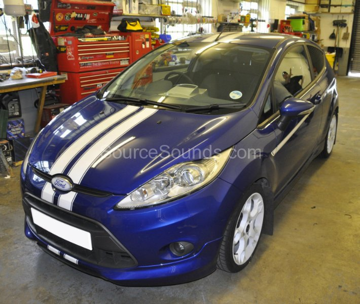 ford-fiesta-st-2011-double-din-screen-upgrade-001