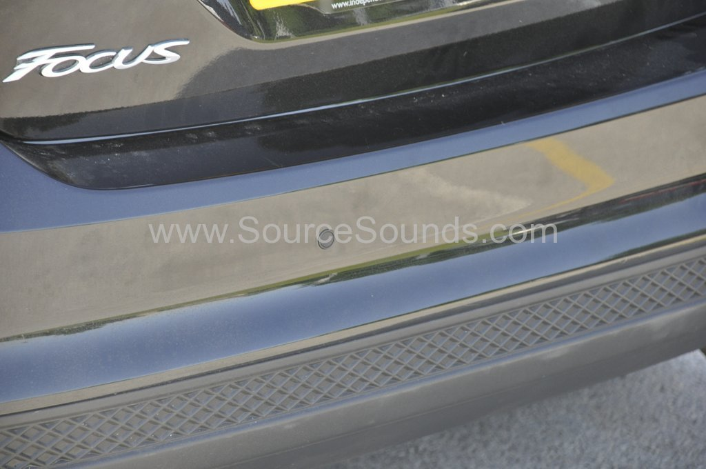 Ford Focus 2011 rear parking sensor upgrade 004