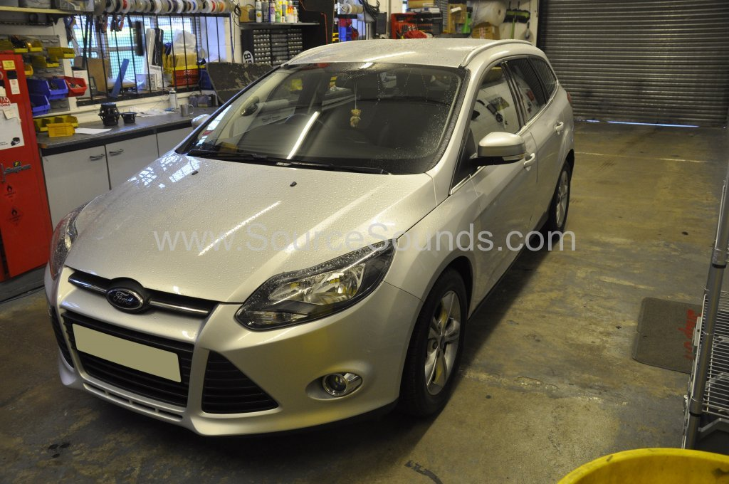 Ford Focus 2012 rear sensor upgrade 001