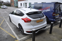 Ford Focus ST 2015 rear parking sensors upgrade 002