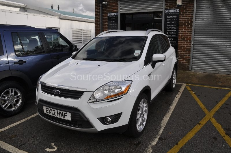 ford-kuga-2012-reverse-camera-upgrade-001