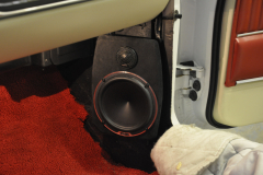Ford Mustang 1966 audio upgrade 010