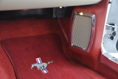 Ford Mustang 1966 audio upgrade 012
