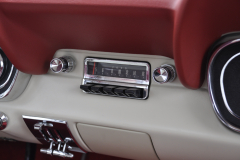 Ford Mustang 1966 audio upgrade 014