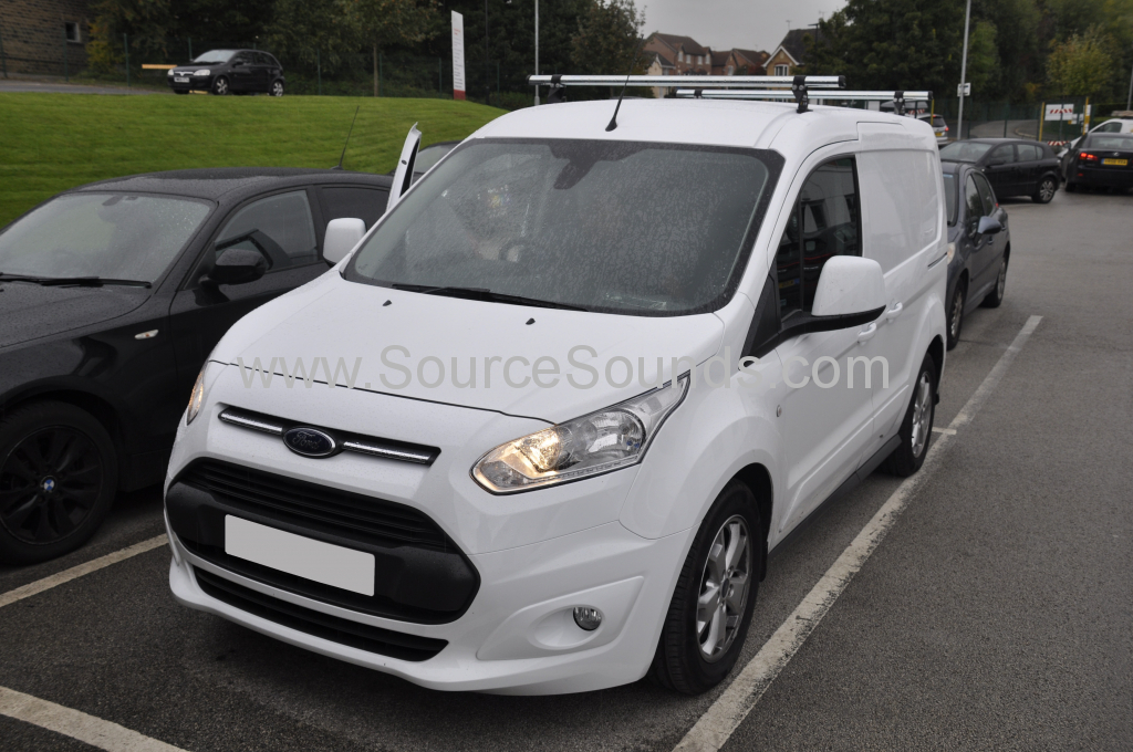 Ford Transit Connect 2017 reverse camera 001