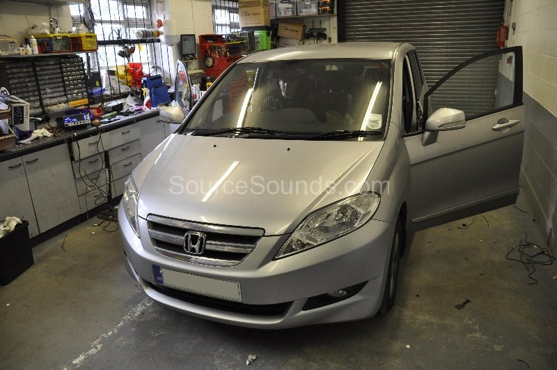 honda-frv-2006-bluetooth-upgrade-01