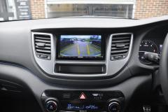 Hyundai Tucson 2015 reverse camera 006