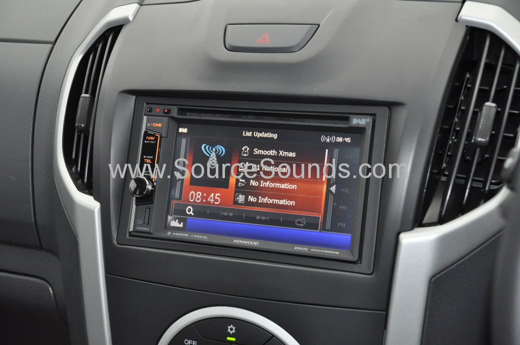 Isuzu DMax 2014 navigation upgrade 006