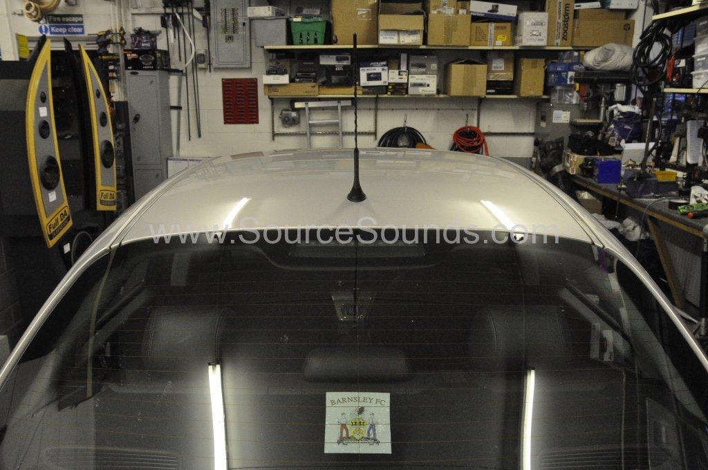 Jaguar X Type 2004 aerial upgrade 007