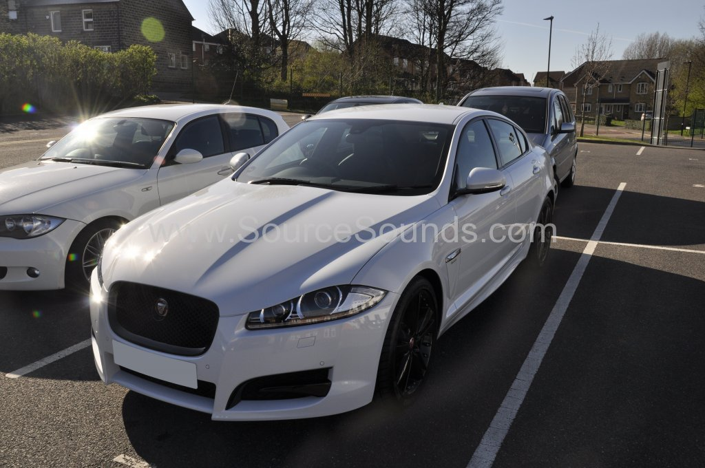 Jaguar XF R Sport 2015 camera recorder upgrade 001.JPG