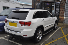 Jeep Grand Cherokee Overland 2012 DAB upgrade 002