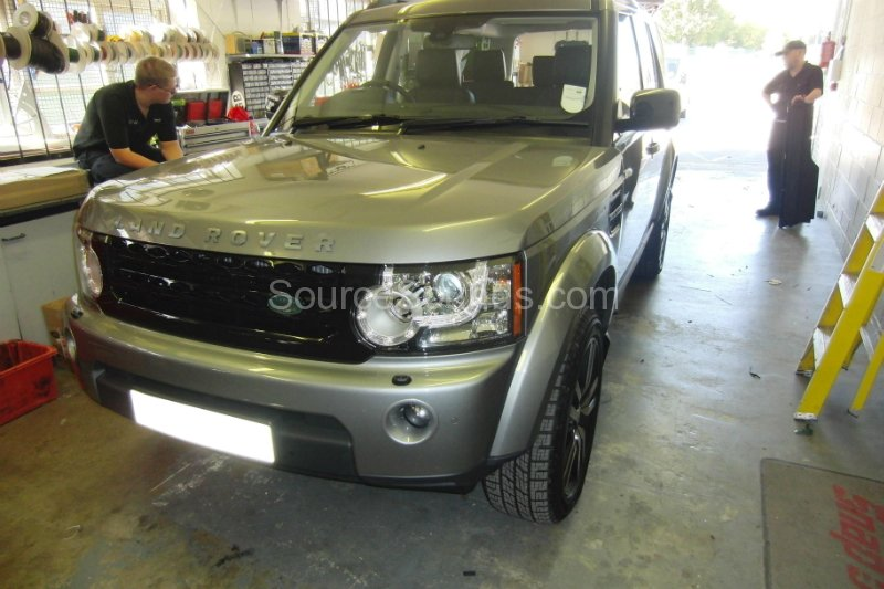 landrover-discovery-61-screens-001