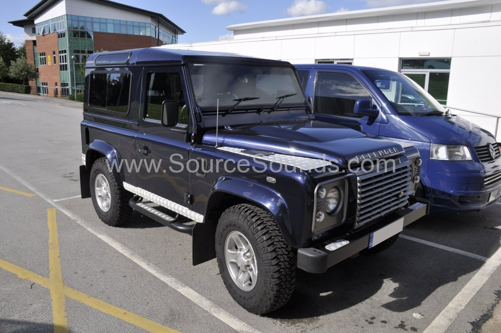 Landrover Defender 2014 sub upgrade 001