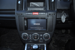 Landrover Freelander 2 2009 DAB upgrade 003