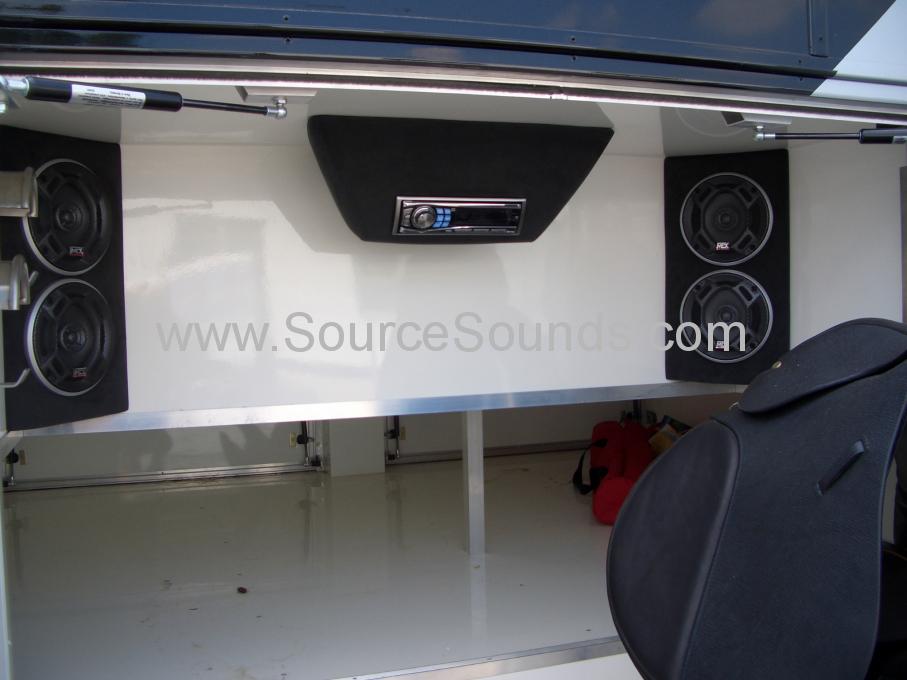 MAN 2006 Horse Box Audio Upgrade 009