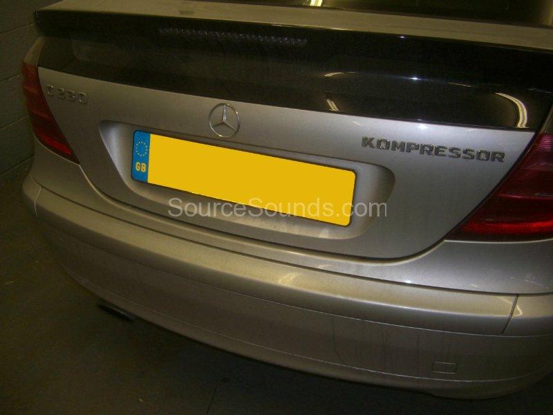 mercedes-clk-2002-stereo-upgrade-001