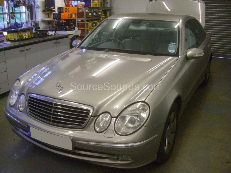 mercedes-e-class-2003-audio-install-001